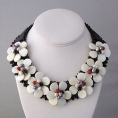 Sophisticated Seven Flowers Mother of Pearl 925 Necklac