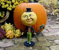 Bethany Lowe Halloween Mr Moon Man with Owl Paper Mache Paper Owls, Bethany Lowe, Man On The Moon, Paper Mache, Pumpkin Carving, Baby Items, Projects To Try, Halloween, Holidays