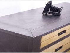 peindre un meuble, relooker un meuble en bois avec peinture acrylique effet metal sans poncer