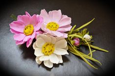 Pink and White Brooch Cosmea Flower Pin Wedding Bridal Brooch Bouquet Floral Corsage Brooch Groom's Boutonniere Artisan Jewelry Gifts Bridal Brooch Bouquet, Flower Brooch, Seed Bead Jewelry, Seed Beads, Gemstone Jewelry, Jewelry Necklaces, Small Plastic Bags, Handmade Jewelry, Handmade Accessories