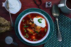 Koraőszi gombaleves - Dívány Thai Red Curry, Ramen, Chili, Soup, Ethnic Recipes, Chile, Soups, Chilis