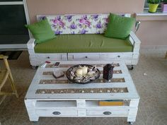 Living room with pallets