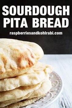 These sourdough discard pitas are so easy to make. When baked pitas form a pocket that is great for stuffing with a variety of fillings. Sourdough Pita Bread Recipe, Sourdough Starter Discard Recipe, No Yeast Bread, Sourdough Recipes, Bread Baking, Bread Recipes, Starter Recipes, Easy Homemade Recipes, Homemade Breads