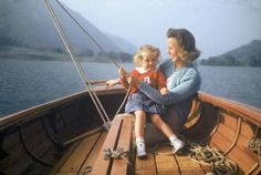 Mother sailing with daughter