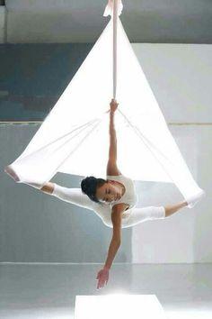 Aerial Dance, Aerial Yoga Hammock, Aerial Acrobatics, Aerial Hoop, Aerial Arts, Pranayama, Kundalini Yoga, Yoga Inspiration, Fitness Inspiration