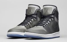 Air-Jordan-4LAB1-Black-Pair.jpeg