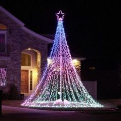 15 Christmas Lighting Ideas Inspiration For Outdoor. #exteriorchristmaslights