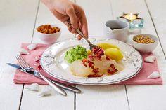 Norwegian Cuisine, Mashed Potatoes, Bacon, Eggs, Breakfast, Ethnic Recipes, Food, Whipped Potatoes, Essen
