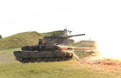Leopard 2 A6  fire!