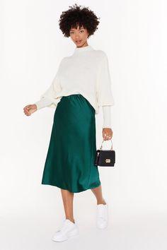 Just my type satin midi skirt nasty gal Green Skirt Outfits, Midi Skirt Outfit, Winter Skirt Outfit, Modest Outfits, Fall Outfits, Fashion Outfits, Modest Fashion, Apostolic Fashion, Modest Clothing