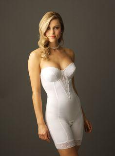 Choosing The Best Undergarments For Your Wedding Dress Http Vabienusa