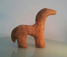 Terracotta horse, verazian culture (Limoux, South France), late Neolithic circa 3000 bc.