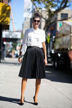 Πλισέ Φούστα: 8 stylish τρόποι να φορέσεις την τάση