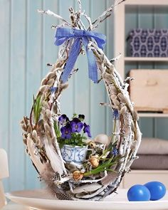 Pin by Edita Lukošiūnienė on easter Easter Flower Arrangements, Easter Flowers, Floral Arrangements, Diy Easter Decorations, Flower Decorations, Spring Projects, Pinterest Diy, Easter Wreaths, Easter Baskets