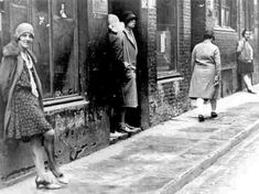 Prostitutes on Erichstrasse, Berlin, late - Berlin - Weimarer Republik - Baby European History, Women In History, Cabaret, Old Photos, Vintage Photos, Roaring Twenties, Vintage Photography, Historical Photos, The Past
