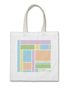 http://www.zazzle.fr/enjoy_bag_geometrique_sacs-149813551866253668