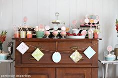 Customer Parties:: Vintage Makeup Birthday Party Feature
