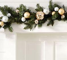 Christmas Wreaths & Garlands | Pottery Barn