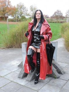 Raincoats For Women Travel Blue Raincoat, Curvy Girl Lingerie, Thigh High Boots Heels, Black Leather Gloves, Raincoats For Women, Sexy Older Women, Rain Wear, Leather Fashion, Clothes For Women