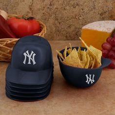 New York Yankees 6-Pack Snack Helmets