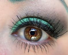 I like my chocolate with mint! This brown and green look using Emerald Bliss and Espresso