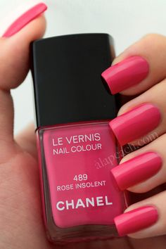 Chanel Rose Insolent 489 Vernis Swatch