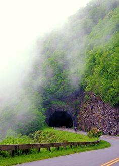 #Asheville  Blue Ridge Parkway Asheville NC Guide: http://www.romanticasheville.com/BlueRidgeParkway.htm