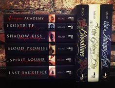 VAMPIRE ACADEMY BOOKS  <3  #vampireacademy #bookcollection