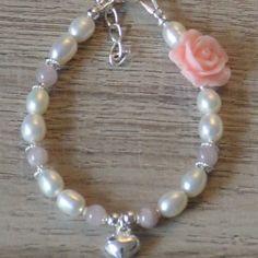 Kinderarmband Maaike  Een prachtige armband voor uw kleine prinsesje. http://moederdochterarmband.nl/product/kinderarmbandje-maaike/