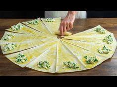 Recept, který dobyl internet! Nejlepší pita chléb plněný sýrem!| Cookrate - Czech - YouTube Pain Pita, Spanakopita, Relleno, Queso, Pineapple, Internet, Ethnic Recipes, Mai, Food