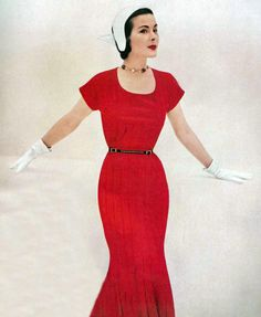 Vintage Fashion: love the red dress and white gloves.