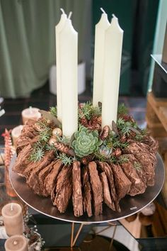 Most brilliant and inspiring Christmas decorating ideas - Adventskranz Ideen Christmas Makes, All Things Christmas, Christmas Home, Christmas Crafts, Christmas Advent Wreath, Christmas Candles, Rustic Christmas, Decoration Table, Xmas Decorations