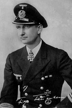 "Kapitänleutnant Fritz Frauenheim (1912-1969), Kommandant Unterseeboote ""U 101"", Ritterkreuz 29.08.1940"