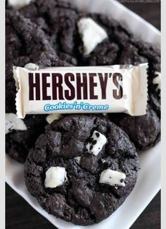 Yum! Don't these hershy cookies n cream cookies look good? Why don't you bake them and see for yourself?