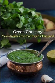Green chutney (Coriander / Cilantro chutney) Learn how to make this simple and flavorful coriander or cilantro chutney and master the secret recipe that makes most Indian street food so finger-licking good. Indian Food Recipes, Asian Recipes, Vegetarian Recipes, Cooking Recipes, Ethnic Recipes, Indian Chutney Recipes, Healthy Indian Food, Indian Food Vegetarian, Curry Recipes
