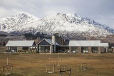 Grand Home.   Southern Alps.   3 Separate Living Areas separated by flat roof spaces.