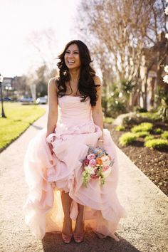 the best accessory for that pink Vera Wang http://www.davidsbridal.com/Browse_White-by-Vera-Wang is a beaming smile  Photography by http://freshinlove.com