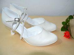 1641cc3e66 Svatební boty - ivory se zdobením Swarovski pravá kůže. Svadobné topánky  ivory - slonová kosť