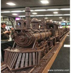 Recorde Mundial do Guinness como a escultura em chocolate mais longa. Via... www.comreno.com