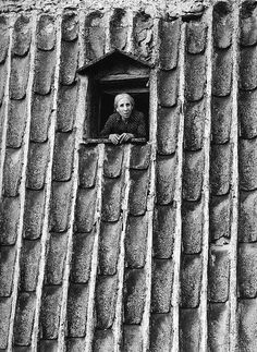 Enzo Sellerio  was born in Palermo, Sicily, in 1924. He studies law but in the meantime he discovers photography. He wins his first prize in...
