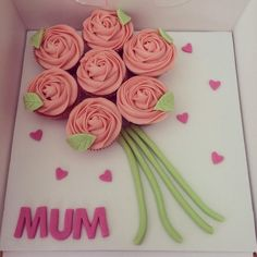 Easy Cake Designs For Mother S Day : Mother s Day Cakes and Baking Ideas on Pinterest 26 Pins