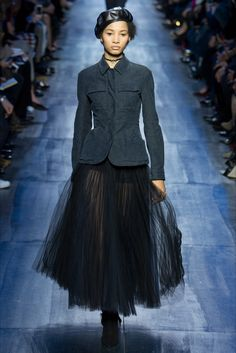Sfilata Christian Dior Parigi - Collezioni Autunno Inverno 2017-18 - Vogue