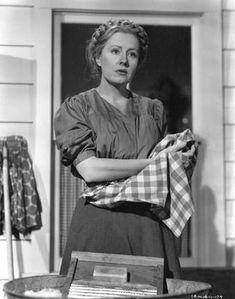 """i remember mama""   Irene Dunne, Barbara Bel Geddes and Oskar Homolka"
