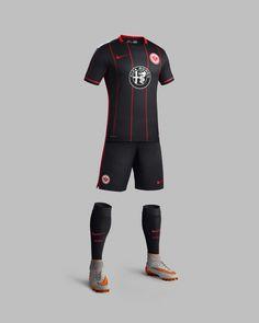 eintracht-frankfurt-2015-2016-nike-home-football-shirt-b.jpg 1,024×1,280 pixels