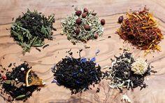 Tea Blend Recipes for Gift Giving : orange spiced black tea, vanilla earl grey with cornflowers, forest tea blend, smokey pu'erh tea, herbal digestive tea, vanilla rooibos tea ; gifts
