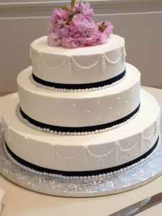 Cake Beautiful Farmers Market, Vanilla Cake, Artisan, Desserts, Beautiful, Food, Tailgate Desserts, Deserts, Essen