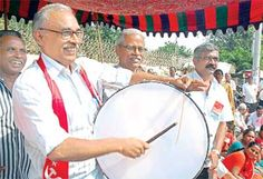 #CPM stages protest against bid to dilute MNREGs  http://goo.gl/yAfNE6 #CPIM  #Vijayawada: Communist Party of India-Marxist politburo member B V Raghavulu here on Wednesday cautioned the Central government against diluting the norms of the Mahatma Gandhi National Rural Employment Guarantee Scheme (MGNREGS). Raghavulu led the party's protest at the sub-collectorate here, condemning the moves by the Centre to make changes in the MNREGs which proved to be a boon for the poor.