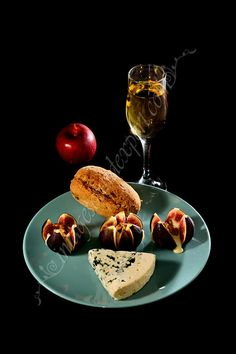 Work Meals, Raisin, Chocolate Fondue, White Wine, Food Photography, Alcoholic Drinks, Fruit, Desserts, Wine