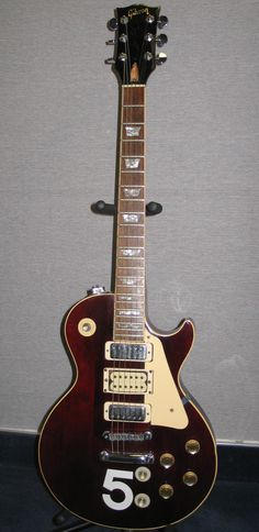 Seriously one of the coolest guitars ever, Pete Townshend's wine red Deluxe.