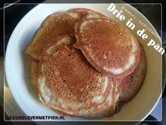 Gezonde en overheerlijke granenvrije drie in de pan pannenkoekjes. In een handomdraai gemaakt. Ideaal als ontbijt of lunch. Zelfs op vakantie gezond eten!